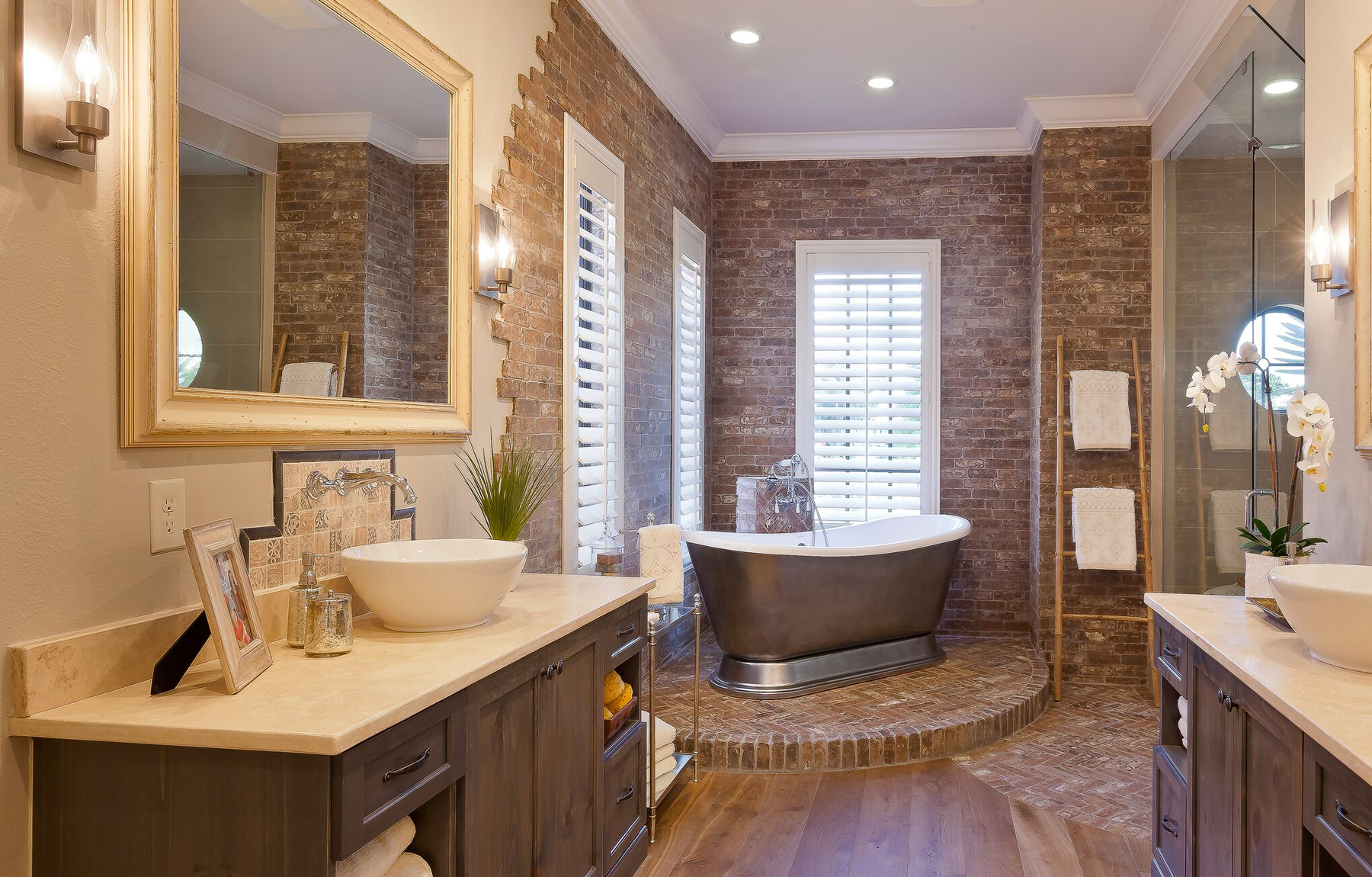The Baylee John Cannon Homes master bath