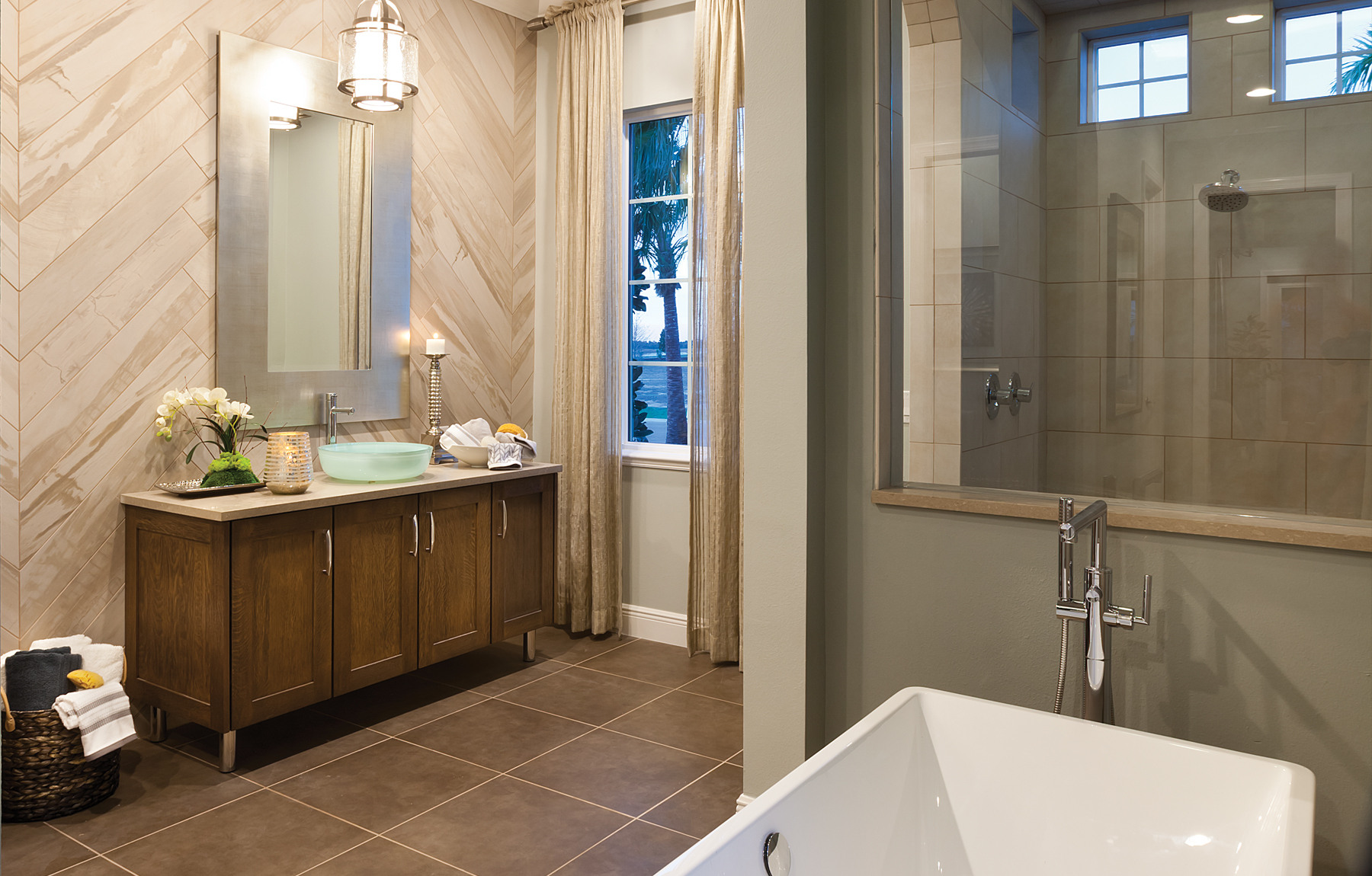 The Kiandra John Cannon Homes master bath