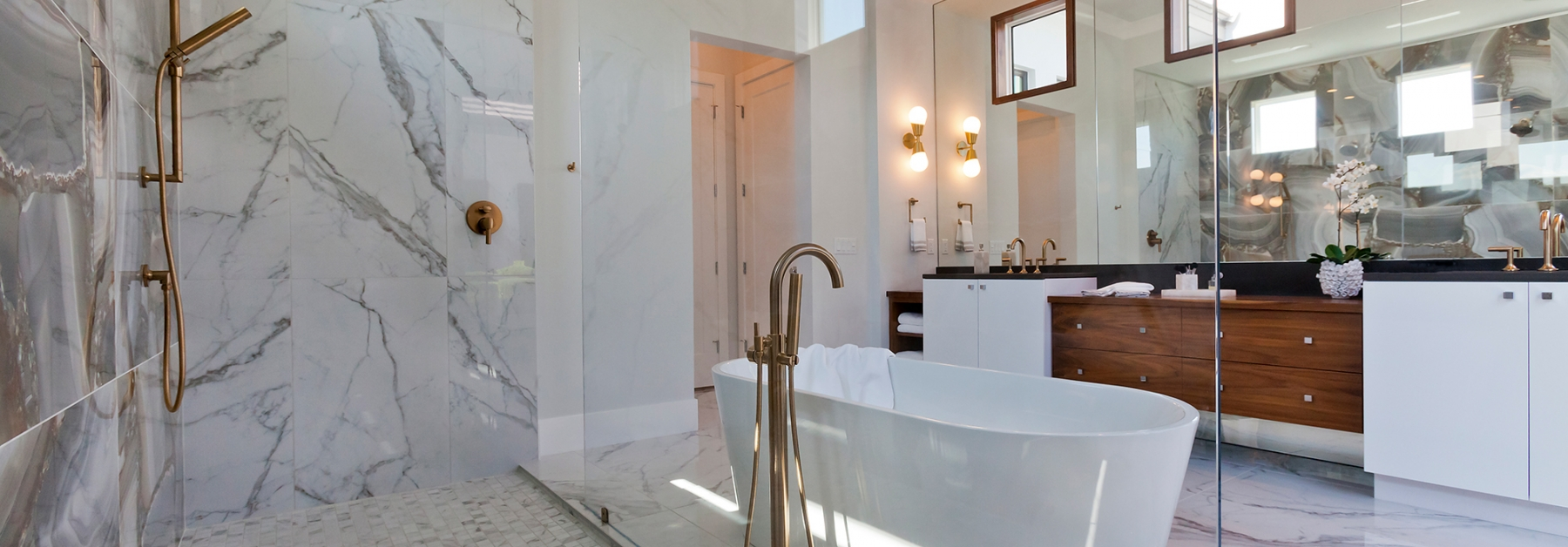 The Tindarra master bathroom by John Cannon Homes